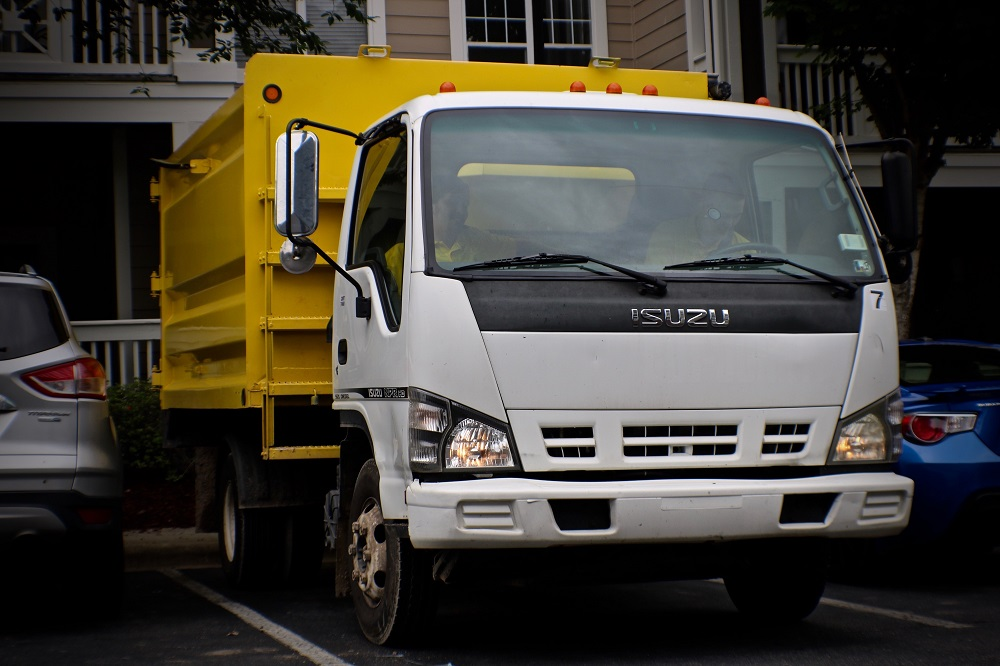 Choosing a Junk Removal Truck for Junk Removal Business | Junk